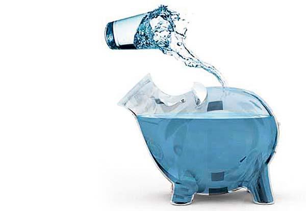Consejos para ahorrar al beber agua en casa